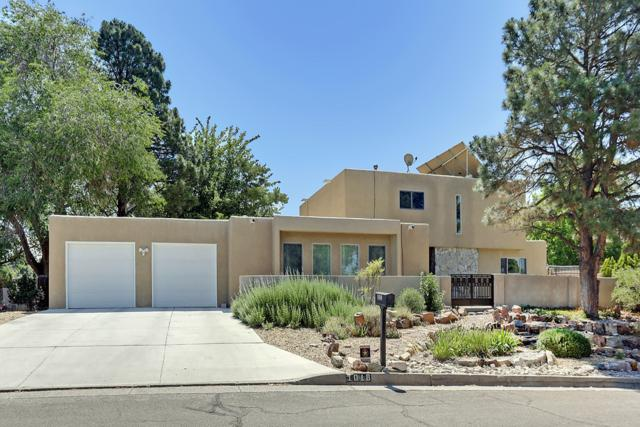 1018 Bernalillo Place SE, Albuquerque, NM 87123 (MLS #946311) :: The Bigelow Team / Red Fox Realty