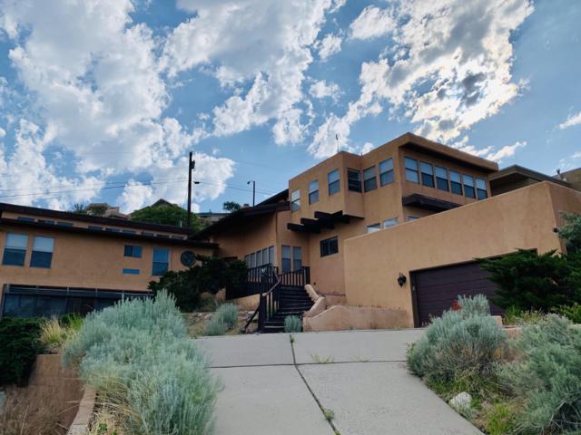13535 Cedarbrook Avenue NE, Albuquerque, NM 87111 (MLS #946491) :: The Bigelow Team / Realty One of New Mexico