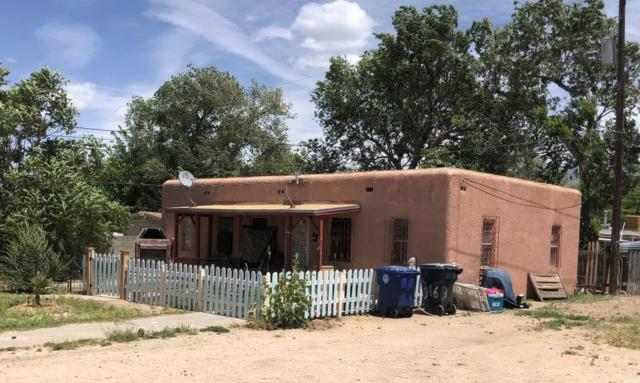 316 Texas Street, Albuquerque, NM 87108 (MLS #946560) :: The Bigelow Team / Red Fox Realty