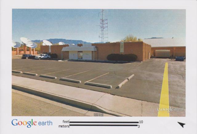 2620 Rhode Island Street NE, Albuquerque, NM 87110 (MLS #946572) :: The Bigelow Team / Red Fox Realty