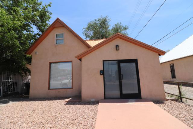 508 3rd Street SW, Albuquerque, NM 87102 (MLS #946886) :: Campbell & Campbell Real Estate Services