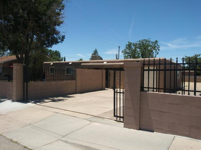 1727 Wyoming Boulevard NE, Albuquerque, NM 87112 (MLS #947042) :: Campbell & Campbell Real Estate Services