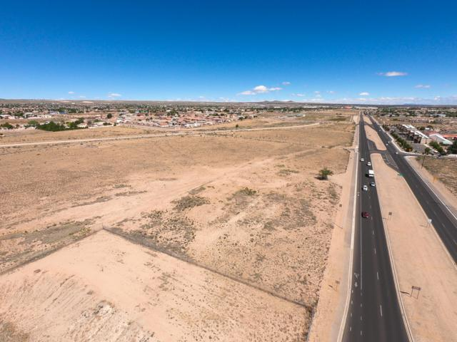 1221 Coors Boulevard SE, Albuquerque, NM 87121 (MLS #947072) :: The Bigelow Team / Red Fox Realty