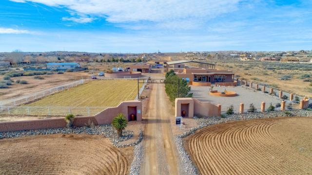 1 Calle Caballo, Corrales, NM 87048 (MLS #947254) :: Campbell & Campbell Real Estate Services