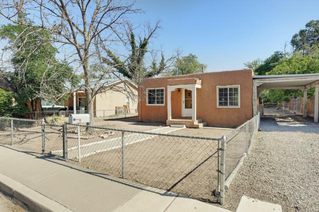811 San Clemente Avenue NW, Albuquerque, NM 87107 (MLS #947269) :: Campbell & Campbell Real Estate Services