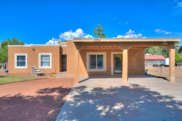 2224 Henry Lane SW, Albuquerque, NM 87105 (MLS #947396) :: Campbell & Campbell Real Estate Services