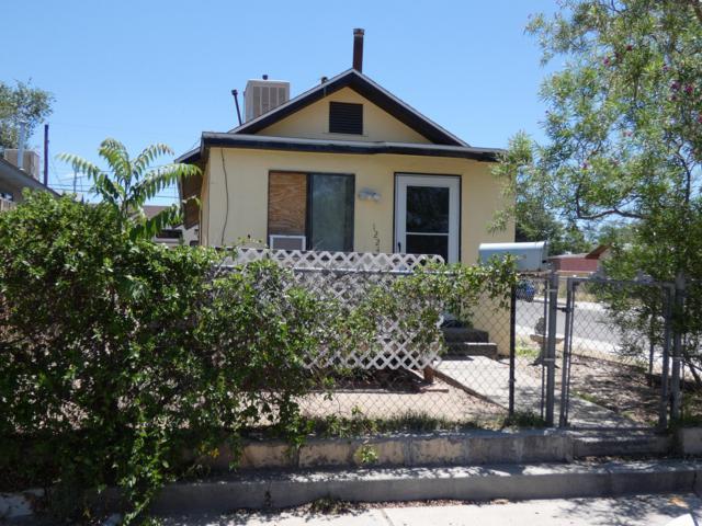 1224 Edith Boulevard SE, Albuquerque, NM 87102 (MLS #947641) :: Campbell & Campbell Real Estate Services