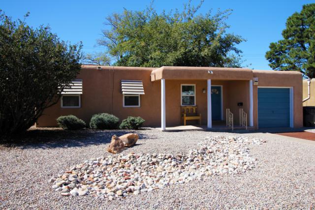 1113 Dartmouth Drive NE, Albuquerque, NM 87106 (MLS #947747) :: Campbell & Campbell Real Estate Services
