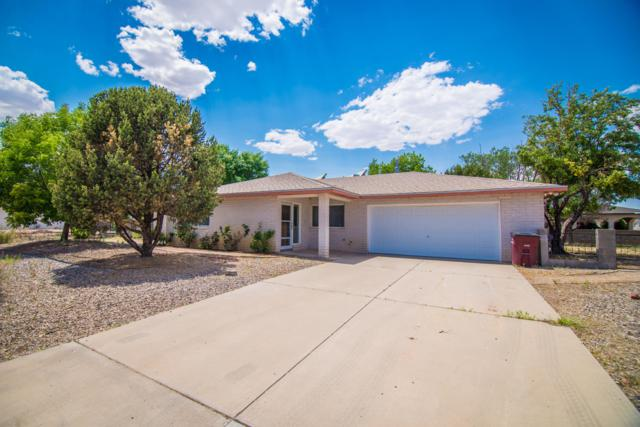 651 Palmer Lane, Rio Communities, NM 87002 (MLS #947776) :: Campbell & Campbell Real Estate Services