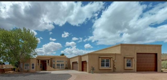 183 Camino Rayo Del Sol, Corrales, NM 87048 (MLS #947896) :: Campbell & Campbell Real Estate Services
