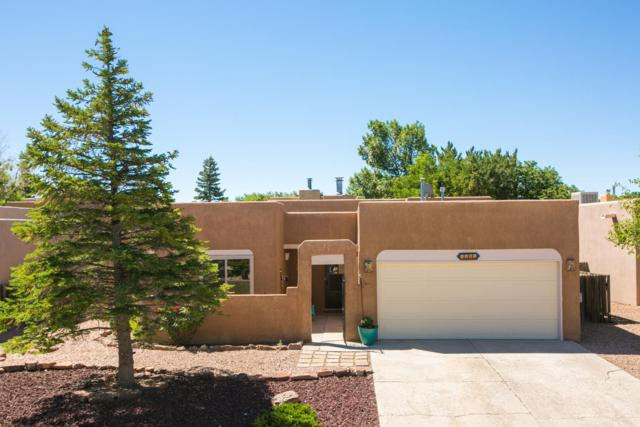 7561 Kachina Loop, Santa Fe, NM 87507 (MLS #948327) :: The Bigelow Team / Red Fox Realty