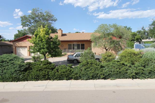 3807 La Hacienda Drive NE, Albuquerque, NM 87110 (MLS #948330) :: Campbell & Campbell Real Estate Services