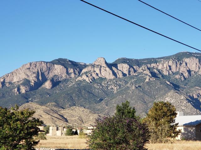 Eagle Rock Avenue NE, Albuquerque, NM 87122 (MLS #948490) :: The Bigelow Team / Red Fox Realty