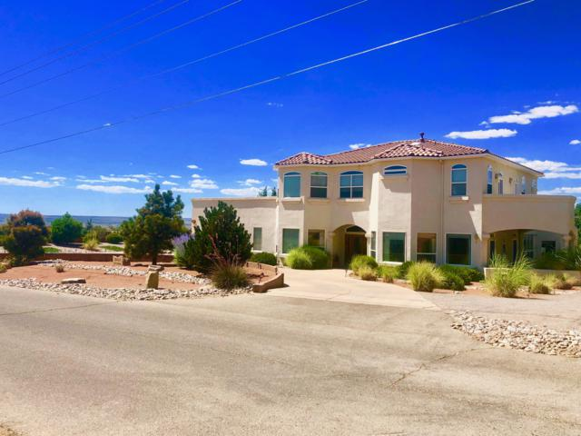 8421 Glendale Avenue NE, Albuquerque, NM 87122 (MLS #948684) :: Campbell & Campbell Real Estate Services