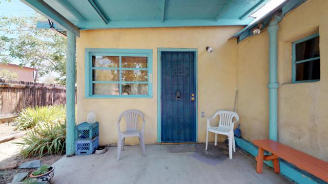 517 Odelia Drive NE, Albuquerque, NM 87102 (MLS #949250) :: Campbell & Campbell Real Estate Services