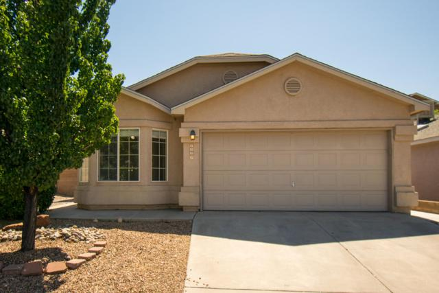 8532 Moon Eagle Drive NE, Albuquerque, NM 87113 (MLS #949311) :: The Bigelow Team / Red Fox Realty