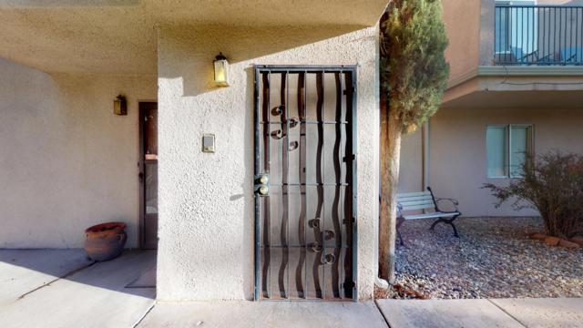 3501 Juan Tabo Boulevard NE C2, Albuquerque, NM 87111 (MLS #949448) :: The Bigelow Team / Red Fox Realty