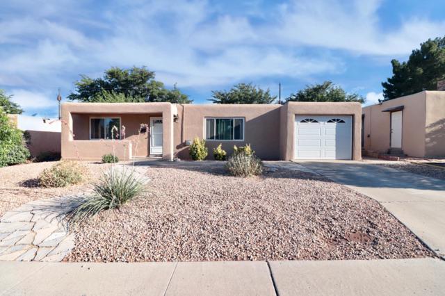 10917 Phoenix Avenue NE, Albuquerque, NM 87112 (MLS #949563) :: Campbell & Campbell Real Estate Services