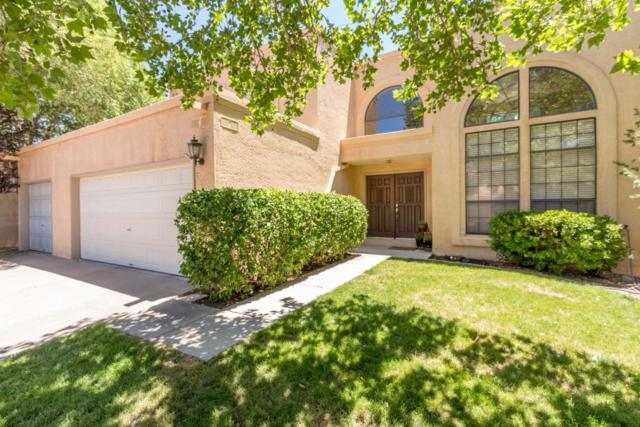 5322 Avenida Cuesta NE, Albuquerque, NM 87111 (MLS #949692) :: Campbell & Campbell Real Estate Services