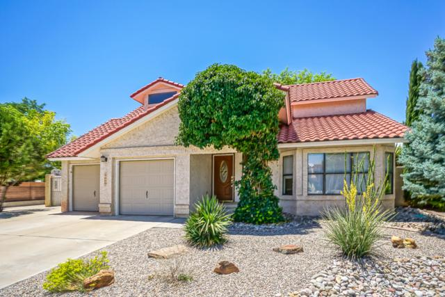 10545 Calle Sombra NW, Albuquerque, NM 87114 (MLS #949765) :: Campbell & Campbell Real Estate Services