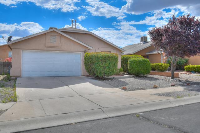501 Ketch Drive NW, Albuquerque, NM 87121 (MLS #949956) :: Silesha & Company