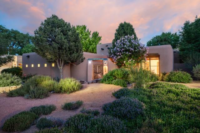 1642 Tierra Del Rio NW, Albuquerque, NM 87107 (MLS #949957) :: Silesha & Company