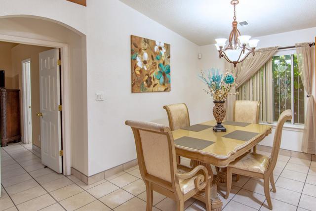 9015 Eiffel Avenue SW, Albuquerque, NM 87121 (MLS #949967) :: Silesha & Company
