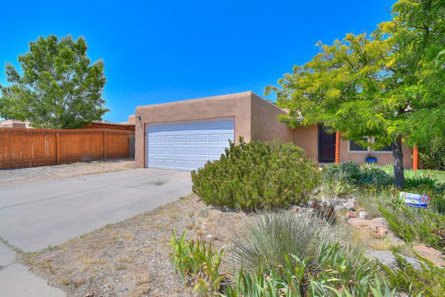 1280 Calle La Mirada, Santa Fe, NM 87507 (MLS #950061) :: Silesha & Company