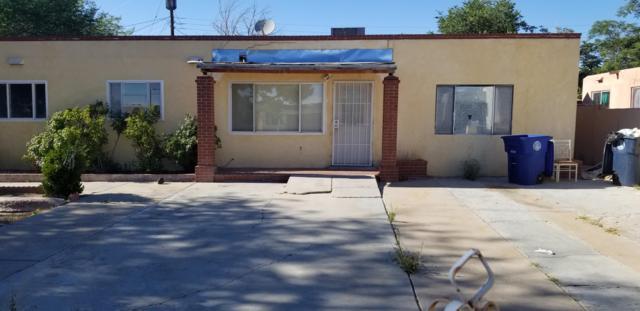 7917 Kathryn Avenue SE, Albuquerque, NM 87108 (MLS #950074) :: Silesha & Company