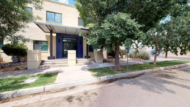 2001 Gold Avenue SE #17, Albuquerque, NM 87106 (MLS #950087) :: The Bigelow Team / Red Fox Realty