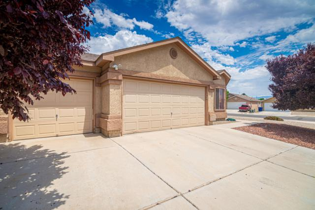 9801 Ladrones Place SW, Albuquerque, NM 87121 (MLS #950088) :: Silesha & Company