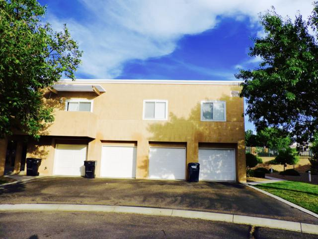4701 Morris Street NE #402, Albuquerque, NM 87111 (MLS #950241) :: The Bigelow Team / Red Fox Realty