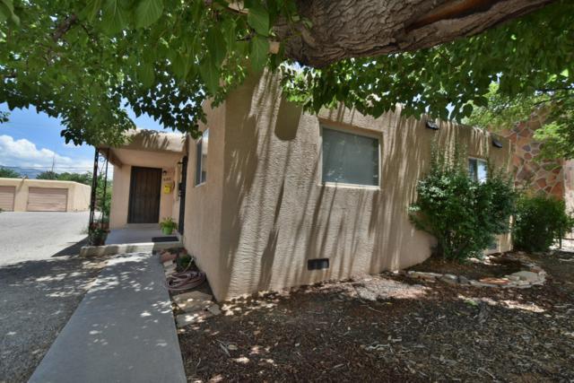 622 San Pedro Drive SE, Albuquerque, NM 87108 (MLS #950861) :: The Bigelow Team / Red Fox Realty