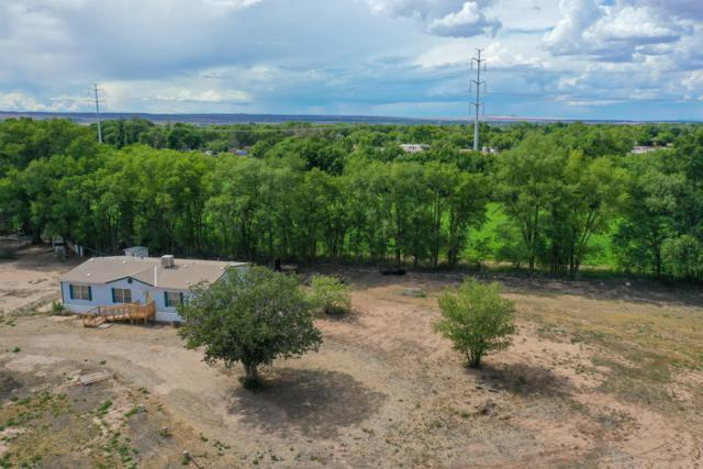 2007 Durand Road SW, Albuquerque, NM 87105 (MLS #950953) :: Campbell & Campbell Real Estate Services