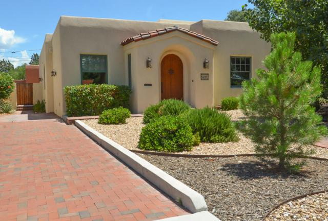 306 Bryn Mawr Drive SE, Albuquerque, NM 87106 (MLS #951250) :: The Bigelow Team / Red Fox Realty