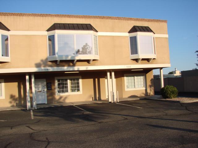 3009-3011 Louisiana Boulevard NE, Albuquerque, NM 87110 (MLS #951318) :: The Bigelow Team / Red Fox Realty
