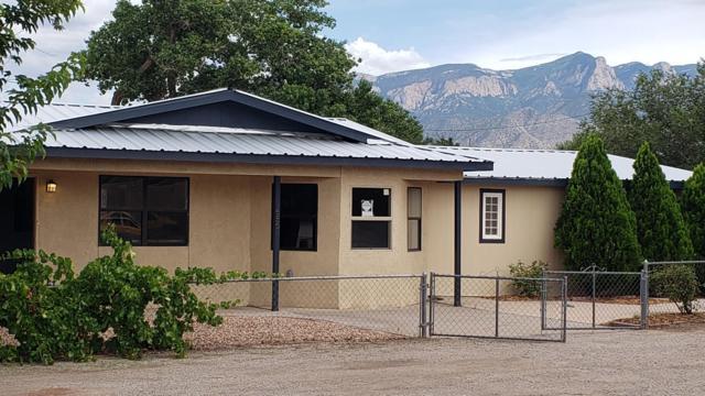 656 Avenida Encantada, Bernalillo, NM 87004 (MLS #951475) :: Campbell & Campbell Real Estate Services