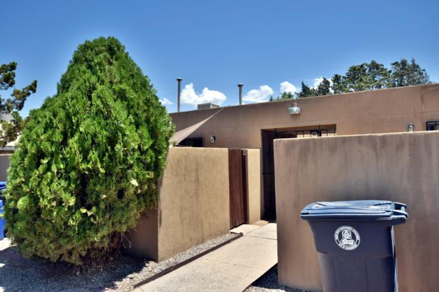 916 Alcazar Street NE, Albuquerque, NM 87110 (MLS #951546) :: The Bigelow Team / Red Fox Realty