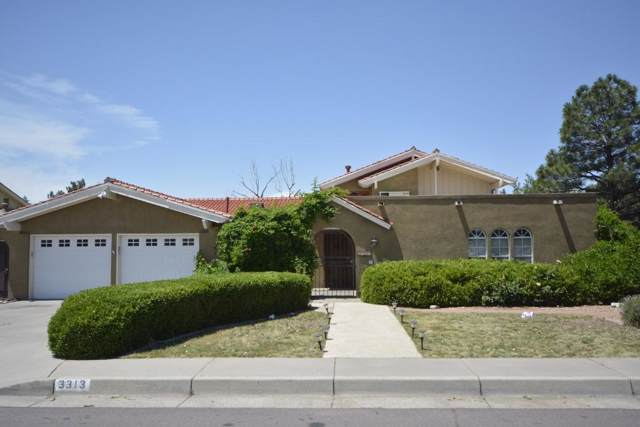 3313 Lykes Drive NE, Albuquerque, NM 87110 (MLS #954003) :: Campbell & Campbell Real Estate Services