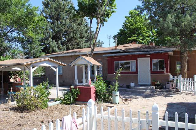 610 Riverside Drive, Espanola, NM 87532 (MLS #954055) :: Campbell & Campbell Real Estate Services
