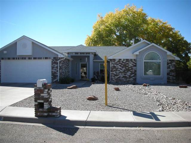 613 Lee Trevino Drive, Rio Communities, NM 87002 (MLS #954302) :: Campbell & Campbell Real Estate Services