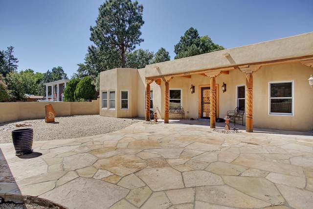 2304 Dietz Place NW, Albuquerque, NM 87107 (MLS #954386) :: Campbell & Campbell Real Estate Services