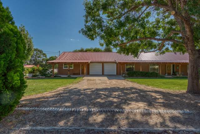 410 Country Lane, Bosque Farms, NM 87068 (MLS #954388) :: Campbell & Campbell Real Estate Services