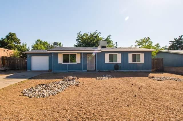 12500 Monarch Drive NE, Albuquerque, NM 87123 (MLS #954440) :: Silesha & Company