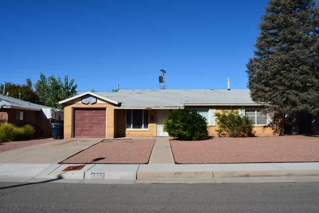 2607 General Bradley Street NE, Albuquerque, NM 87112 (MLS #954446) :: Silesha & Company