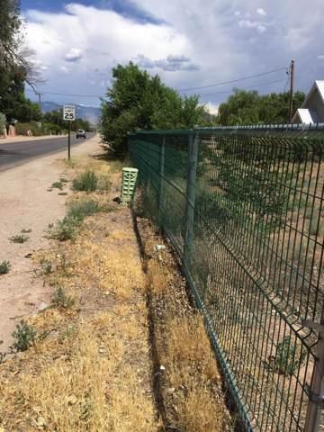 840 El Pueblo Road, Los Ranchos, NM 87114 (MLS #954548) :: The Buchman Group