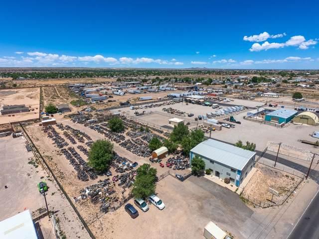 2623 Coors Boulevard SW, Albuquerque, NM 87121 (MLS #954567) :: Silesha & Company