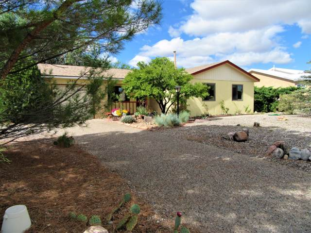 360 Hillcrest Drive SE, Rio Rancho, NM 87124 (MLS #954813) :: Campbell & Campbell Real Estate Services