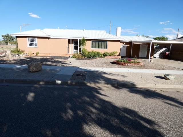 301 Rosedale Circle, Belen, NM 87002 (MLS #954892) :: Campbell & Campbell Real Estate Services