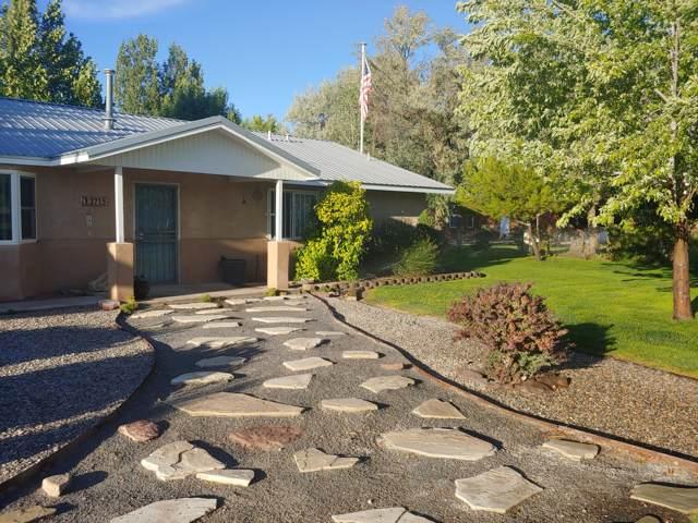 2715 Garner Road SW, Albuquerque, NM 87105 (MLS #955145) :: Campbell & Campbell Real Estate Services